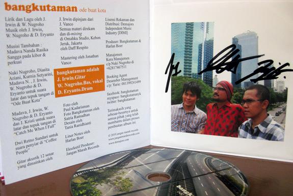 <b>Ode Buat Kota</b>: Nyanyian Satir Bangkutaman untuk Jakarta