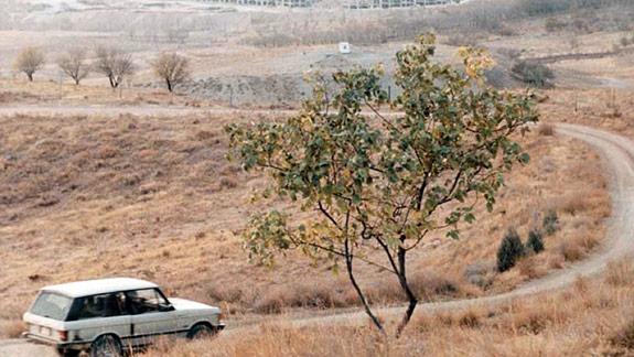 /resensi: film/ Taste of Cherry | Abbas Kiarostami, 1997