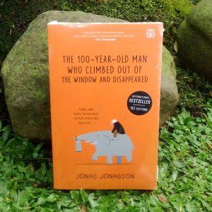 Buku - The 100-Year-Old Man