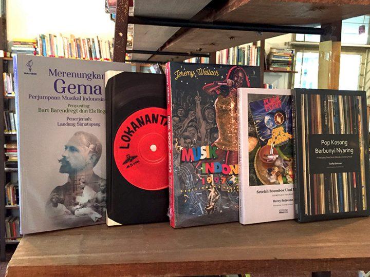 /etalase:/ Buku-buku Seputar Musik di Kineruku