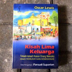 Buku - Kisah Lima Keluarga