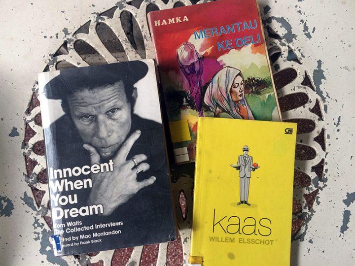 /blog:/ Buku-buku Asyik untuk Liburan Kali Ini