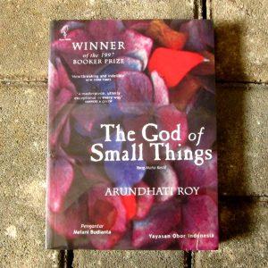 Buku - The God of Small Things
