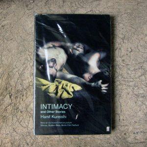 Buku-Intimacy-e1507702472339