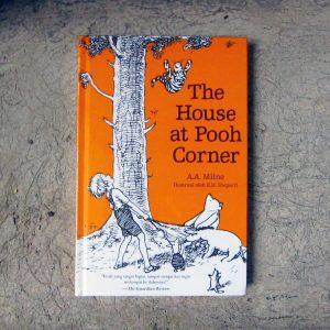 Buku-The-House-at-Pooh-Corner-e1511340469742