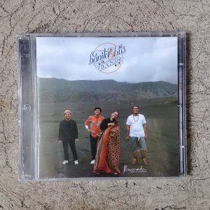 CD Bonita and the Hus Band - Rumah