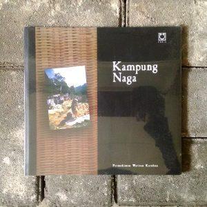 Buku - Kampung Naga