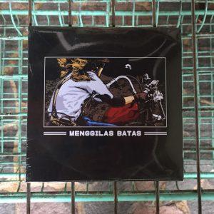 Vinyl - Menggilas Batas