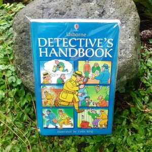 Buku - Detective's Handbook