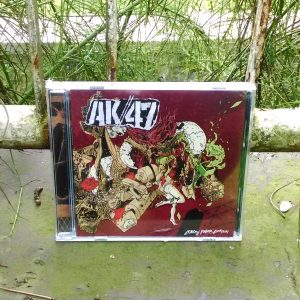 CD AK47 - Loncati Pagar Berduri