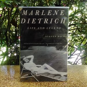 Buku - Marlene Dietriech
