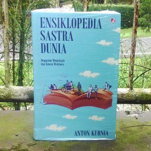 Buku - Ensiklopedia Sastra Dunia