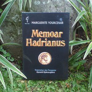 Buku - Memoar Hadrianus