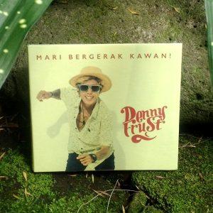 CD Denny Frust - Mari Bergerak Kawan