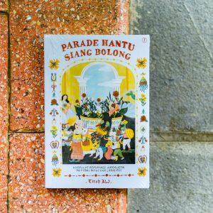 Buku Parade Hantu di Siang Bolong-1